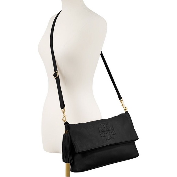 2cbd4586a3d18 TORY BURCH Thea Foldover Crossbody Bag Purse Black.  M 5a8b4b5e2ae12f451cb232ba